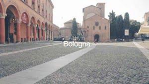 Piazza Santo Stefano nel video A DAY IN BOLOGNA